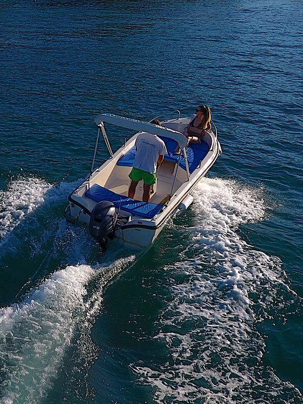 20ph to 25ph Boats - Corfu Boat Hire